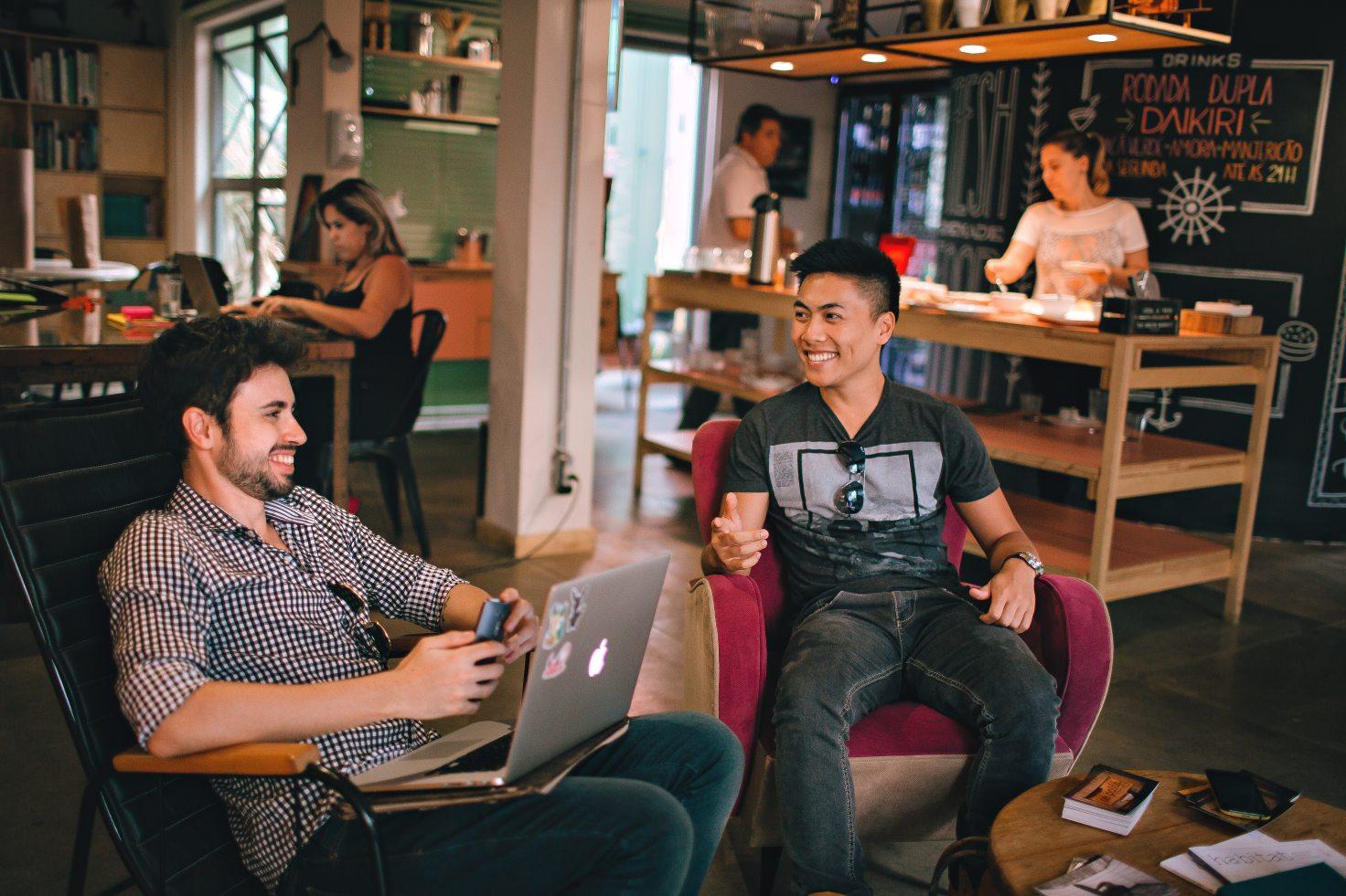 Metro boulot bonheur bar espace coworking happy faces